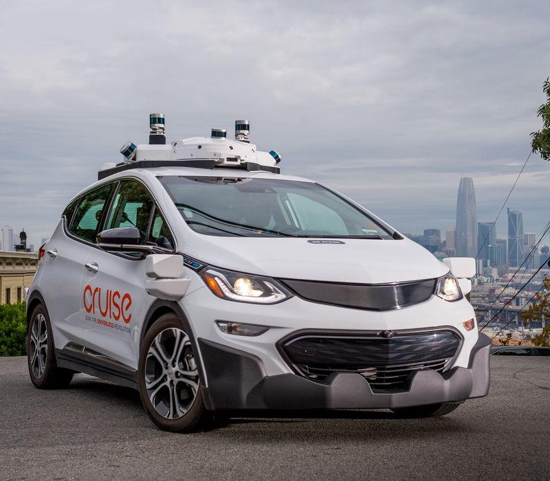 General Motors prepara producción masiva de sus vehículos autónomos